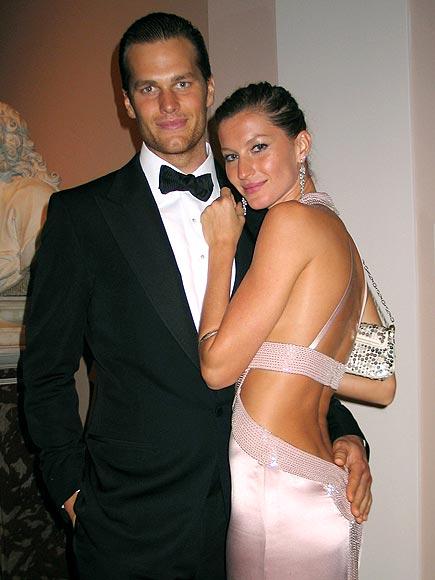 Ko gre za poroko medijskega hrupa ne prenese niti Gisele Bundchen, zato se je februarja leta 2009 skrivaj poročila s Tomom Bradyjem.