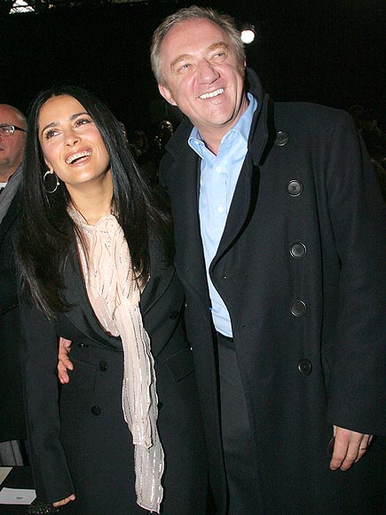 Salma Hayek in njen francoski milijonar François-Henri Pinault sta se na hitro poročila kar na Valentinovo leta 2009 v Parizu.