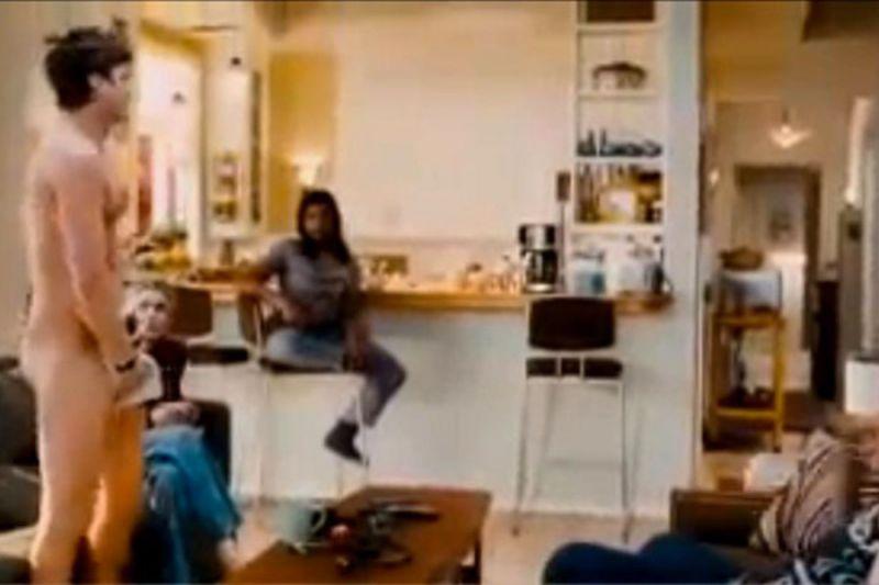 ashton-kutcher-u-novom-filmu-pokazao-je-golu-straznjicu-900x600-369680