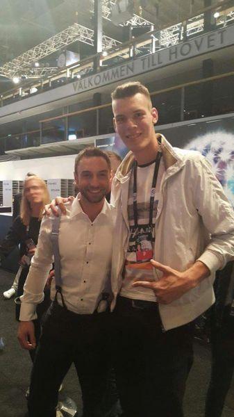 Na letošnji Evroviziji se je srecal s starim znancem iz Dunaja, lanskoletnim zmagovalcem, Månsem Zelmerlöwom.