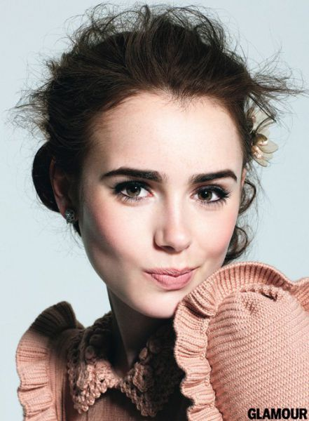 lily-collins-0814712-glamour_(2)
